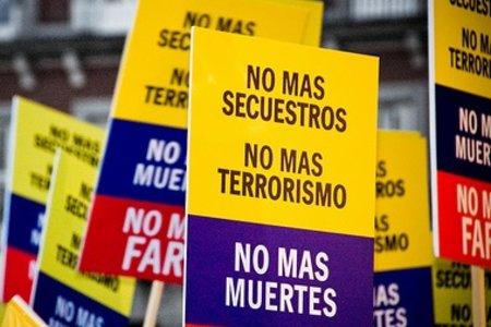 No + FARC by kozumel