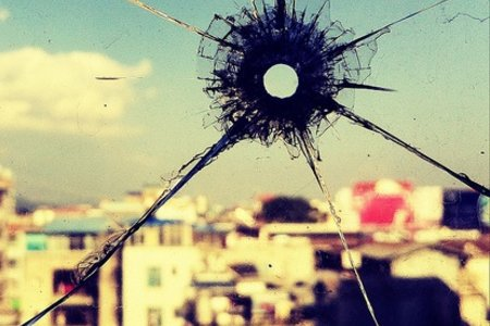 Bullet Hole in my Window by Jonathan Kos-Read with CC license from Flickr https://www.flickr.com/photos/jonathankosread/6755508197/in/photolist-bhXKeg-gLJQT-56njfR-aVAWYR-4hoATh-eN144s-6Z7KbB-bVh81w-aQfSk8-DzmUp-4QVqii-3KvWeN-5uS5bV-7GVvU9-7GVvLu-5QTtrq-9VYTDd-37t55-5yFRSr-91wthR-5ewKCj-4Xtmxs-9M4XGA-5ASwCG-5RnisQ-5VfSGV-2GpZeR-7GRAxK-hDxAL4-2KYnVy-cnQdo3-8qJMQp-54iLM3-5jTU8-7GRApv-4NMGqh-5ZdVFk-6X6J4F-76UsxF-9SDNAW-6VgWW2-2VHze-aS49nz-fQiQzY-4Xtmrm-5C79vk-7p8CH1-8uB2uh-4puwUv-bxf9D