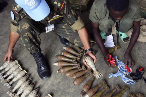 UN peacekeepers assist with disarmament, demobilisation and reintegration in DRC by United Nations Photo